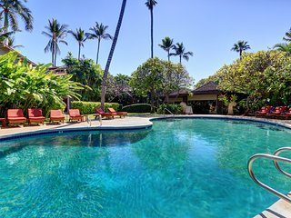Ground Floor, A/C, Pool, Quiet Condo in Lovely Lahaina Town. Aina Nalu B105