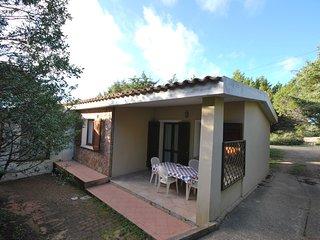 Villetta bilocale ben rifinita con barbecue in Residence con piscina