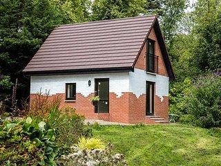 Doonbank Bothy - Detached one bed house with 4.5 acre wood on River Doon