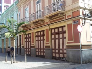 Guesthouse in Antique Spanish house.
