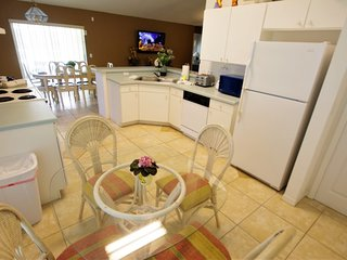 Near Disney World - Indian Ridge - Feature Packed Cozy 4 Beds 2 Baths Villa - 3