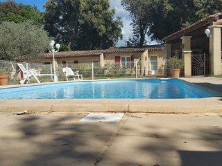 gitelaroberte avec piscine au calme