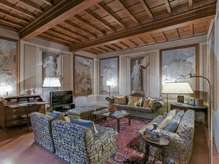 Donatello Suite - Nice 3bdr apartment for 7 people, Florence