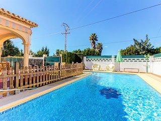 Villa Les Bovetes, Con Piscina, Jardin y Parking