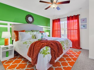 Themed 4br family townhouse -10 minutes to DISNEY -  Seven dwarfs resort