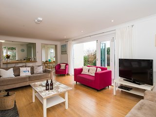 Bright airy living space at Maes Y Bryn