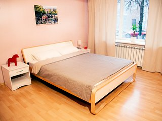 Large bright 3-ROOM space on Baumanskaya