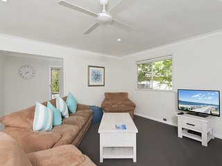 Box Beach Retreat, 29 Essendene Road,