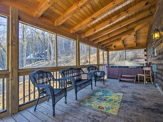 NEW! 'Fox Bark' 1BR Asheville Area Cabin w/Hot Tub