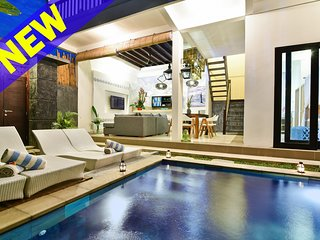 Uniquely Decorative 3 Bedroom Villa In Legian;