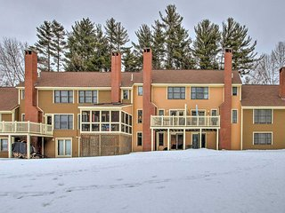 NEW! 2BR Family Townhome - 1 Mi from Cranmore Mtn
