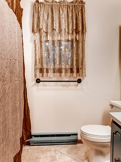 With 3 bathrooms, everyone will have ample space to get ready in the morning.