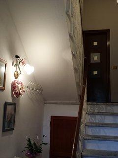 Porta del Bagno, con scale chiuse
