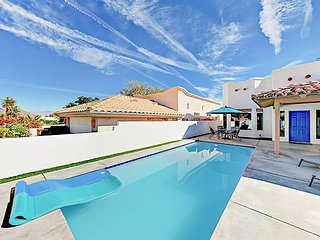 3BR Mountain-View Home – Chic Design, New Furniture, Private Pool & Patio