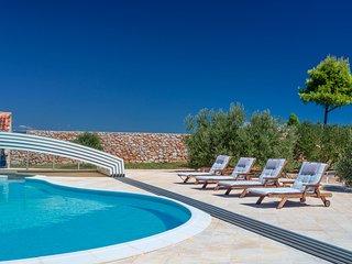 Villa Panorama Hvar – Panoramic sea view luxury pool villa in Hvar