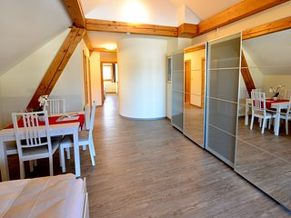 Apartment 4E with balcony, sauna & private beach
