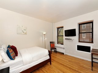 Spacious Greenwich Village studio near NYU and Washington Square Park