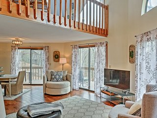 Jasper House w/ Mountain Views in Bent Tree Area!