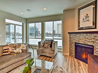Modern Anchorage Townhome - By Delaney Park Strip!