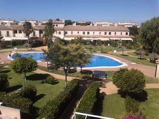 COSTA BALLENA GOLF. Frente al Hotel Barcelo; Junto a Campo de Golf