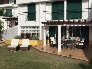 Vila Sol Apartment Ground Floor- Excellent Location Large Bedrooms and Terrace.