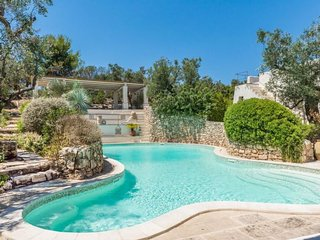 tia pool trullo