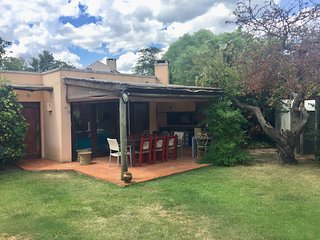 Bungalow/chalet overlooking our garden - chalet de uso exclusivo vista jardin