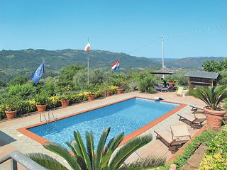 3 bedroom Villa in Camaiore, Tuscany, Italy : ref 5447597