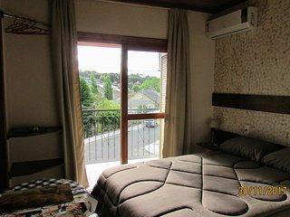 Apartamento com cozinha no Residencial Borges, em Canela