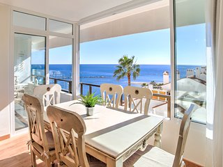 Luxury Ocea.n view Beach apartment