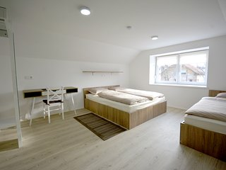 Evi Rooms - 3 Bed Room 201