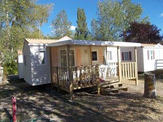 Mobile-home 27 m2 avec 2 chambres et terrasse couverte