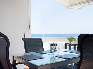 Beachfront LUXURY Holiday Home in Puerto del Carmen