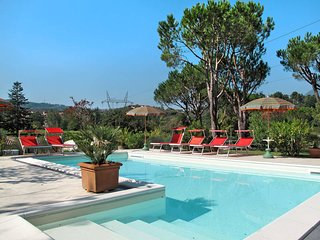 3 bedroom Villa in Pontemazzori, Tuscany, Italy : ref 5447636