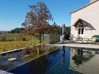 Grande maison piscine naturelle au ceour de la Dordogne proche de Bergerac 4*4cle