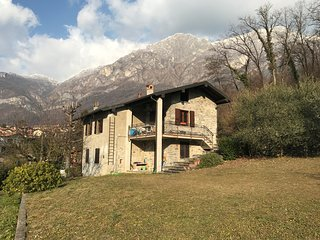 CasaLú. Converted farmhouse in the foothills of Lierna. Ten minute walk to lake.