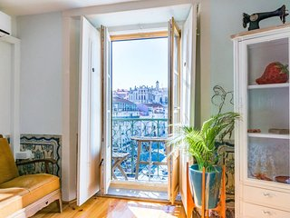 Authentic studio in historical Baixa