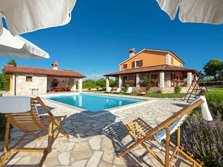 3 bedroom Villa in Santalezi, Istria, Croatia : ref 5048829