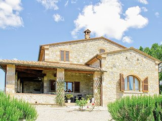 4 bedroom Villa in Colle di Val d'Elsa, Tuscany, Italy : ref 5473515