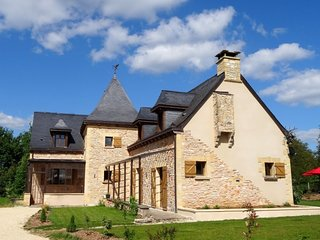 Dordogne Holiday 4 BR Villa with private heated pool