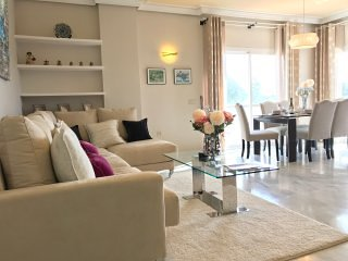 Newly Furnished Luxury Frontline Golf Marbella Apt, Free WiFi, 3 Bedroom, 2 Bath