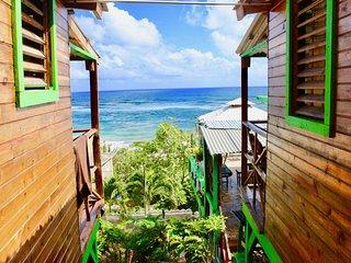 Seewave Cabin