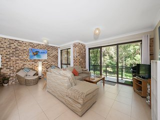 Grevillia, Bay Parklands, Unit 54/2 Gowrie Avenue