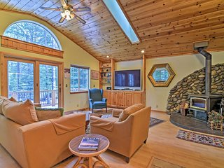 NEW! Tahoma Home - 5 Min to Lake Tahoe & Ski Area!