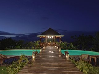 Saint Lucia 9 - Luxury villa sleeps 14 with pool, staff, beach access and more!