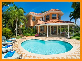 Montego Bay 66 - Premium 4 bed villa with private pool and access to private bea