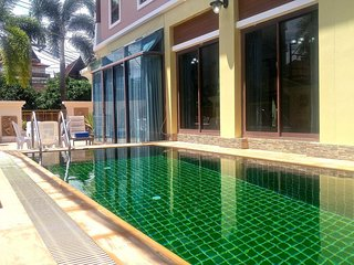 Patong Private Pool villa great location