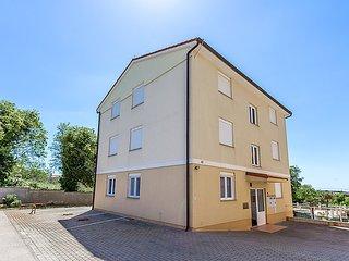 2 bedroom Apartment in Medulin, Istarska Županija, Croatia : ref 5031402