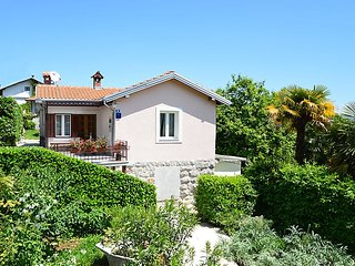 2 bedroom Apartment in Lovran, Istarska Županija, Croatia : ref 5039375