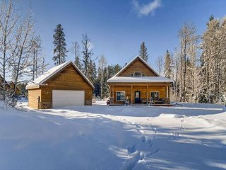 Summer 3-for-4*Cozy Cabin Near Suncadia-Lake Cle Elum-2BR+Large Loft, Hot Tub